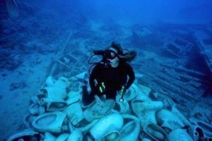 underwater scuba toilet ocean trash